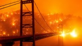 Fire in California and Oregon forests extends to 1