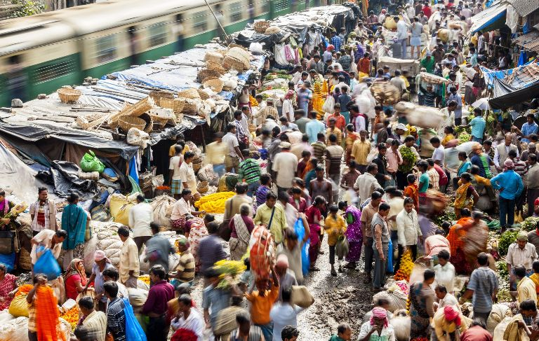 'Crowd' in India triples even than China, worst in