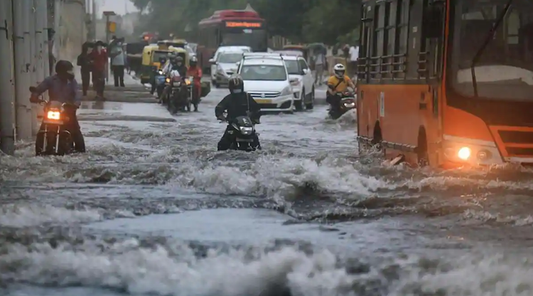 Rain havoc: Waterlogging at various places in Delh