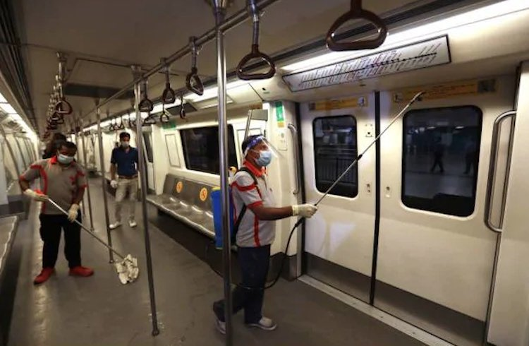 Metro service started in all cities of Delhi, Luck