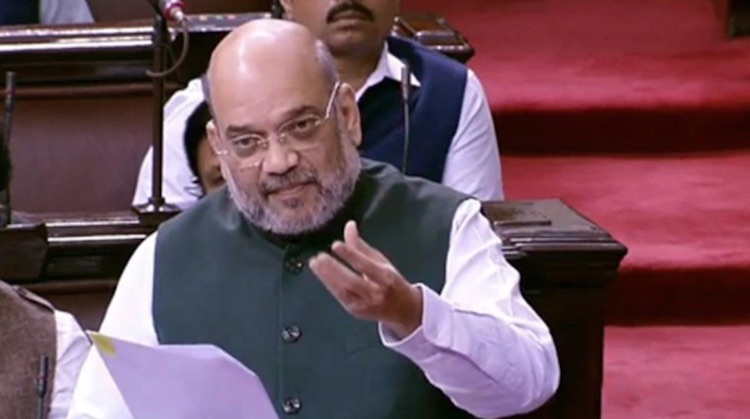 Opposition opposes Amit Shah not naming Muslims in