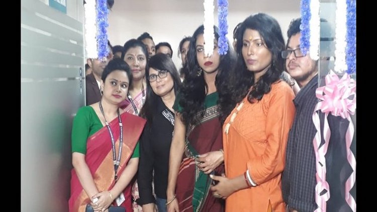 First Clinic For Transgenders Opened In Kolkata