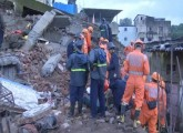 10 people dead as building collapses in Bhiwandi,