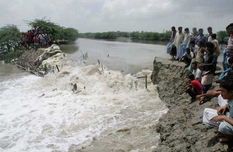 Flood-like situation in Bihar, water level of many
