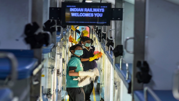 COVID-19: Blanket Ban On Blankets In Trains