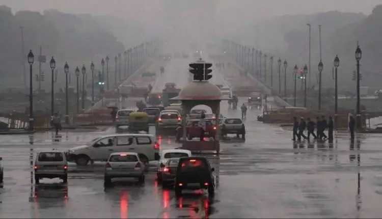 Rain increased in Delhi NCR, temperature dropped