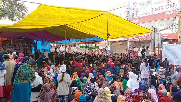 Shaheen Bagh Protesters Defy COVID-19 Mass Gatheri