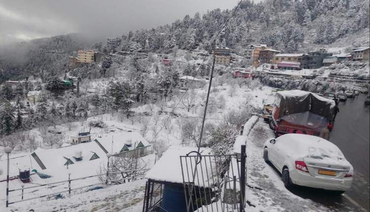 Cold wave continues in North India; snowfall in mo