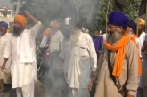 Farmers on the road in Punjab, Haryana against the